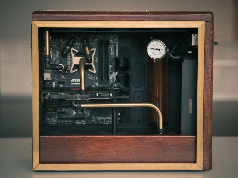 復古水冷電腦