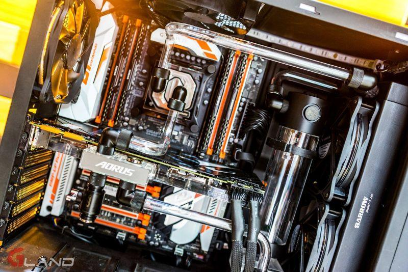 AORUS GeForce® GTX 1080 Ti Waterforce WB Xtreme Edition 11G