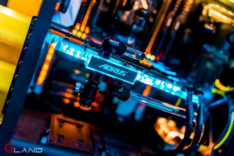 AORUS GeForce® GTX 1080 Ti Waterforce WB Xtreme Edition 11G
