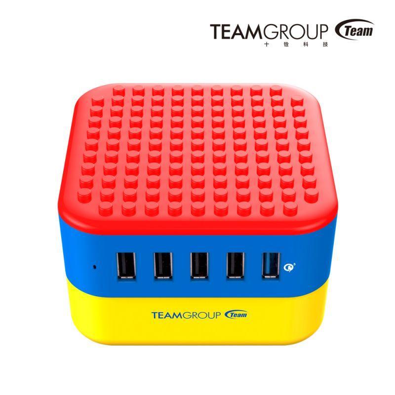 """創意無限延伸十銓科技推出多埠USB充電座""""方塊充""""WD02"""