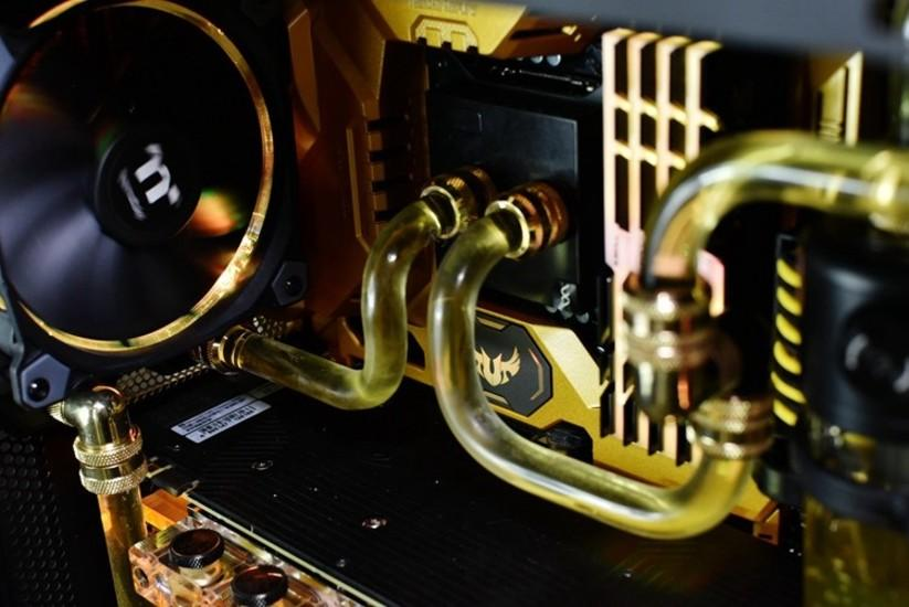 gold-Water-cooled - XFastest - 10_550px.jpg