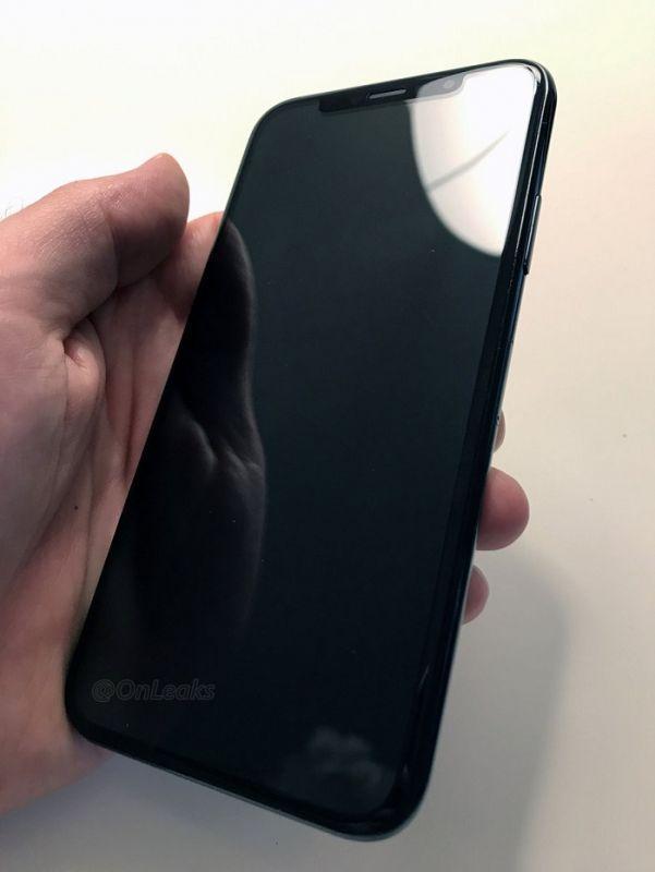 iPhone回歸!隊友公佈iPhone 8定妝樣機:正面給你滿滿的螢幕