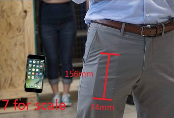 Tim Cook庫克帶著iPhone 8現身?!