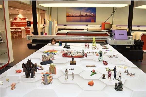mimaki-attracts-european-customers-3duj-553-3d-printer-10-million-colors-6.jpg