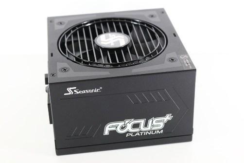 海韻Seasonic FOCUS PLUS PLATINUM 850W全模組化80PLUS白金牌-高效率架構與單路12V輸出,十年保固... - XFastest - IMG_0132_1.JPG