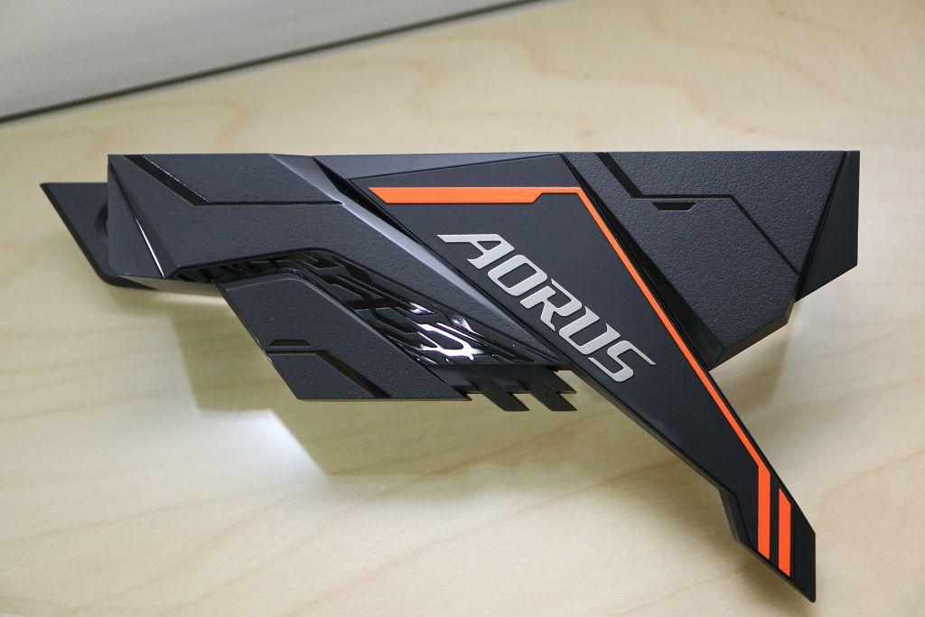 [開箱] 非K i5 i7 裝機好夥伴 B360 AORUS GAMING 3 WIFI - XFastest - 014.jpg