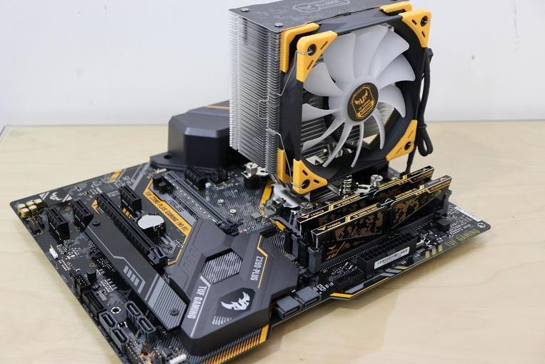 [開箱] 搭上九代的列車 TUF Z390-PLUS GAMING/ 虎徹II /i5 9600K - XFastest - 031.jpg