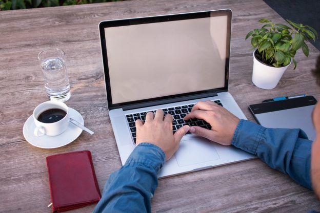 home-office-2452806_1280-624x416.jpg