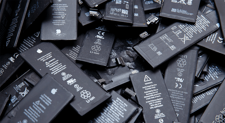 Used-batteries-of-mobile-phones-iPhone-preparation-for-recycling-and-disposal-in.png