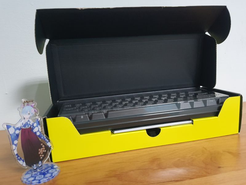 對效能絕不妥協的K65 RGB MINI,簡單輕開箱9453