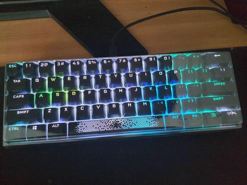 對效能絕不妥協的K65 RGB MINI,簡單輕開箱7967