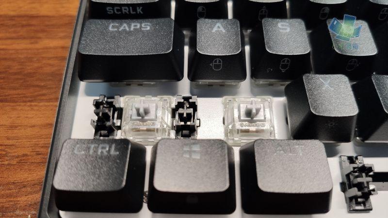 CORSAIR K65 RGB Mini 60% 機械式鍵盤開箱,為電競而生,追求極...6321