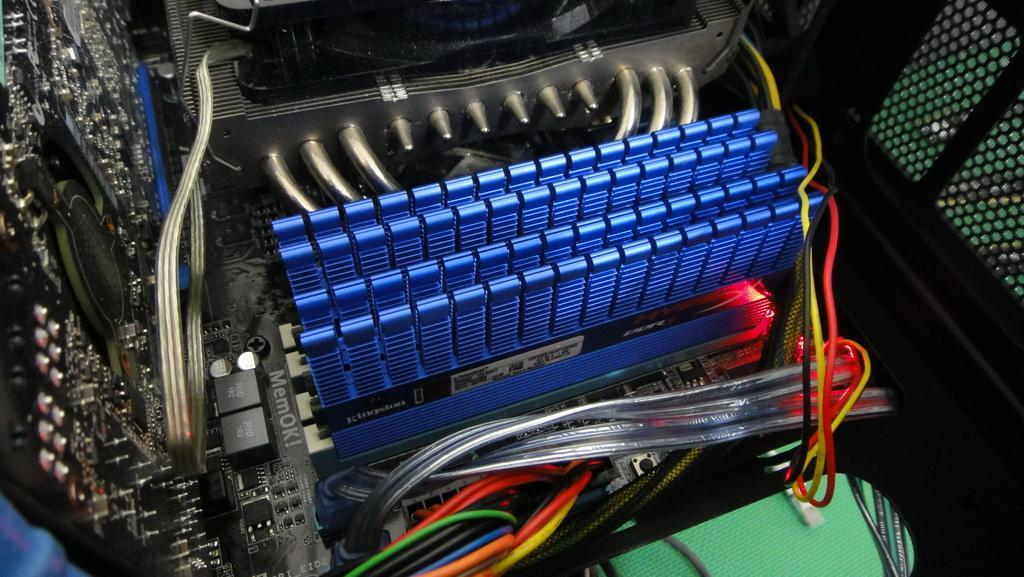極速降溫,Kingston HyperX T1 DDR3-2000 2GB*4 - XFastest - DSC00675.jpg
